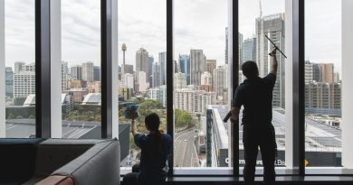 Serco придобива Facilities First Australia