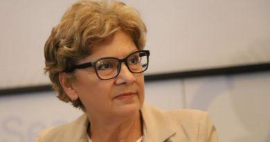 Министър Комитова: Строителният бранш не е в колапс